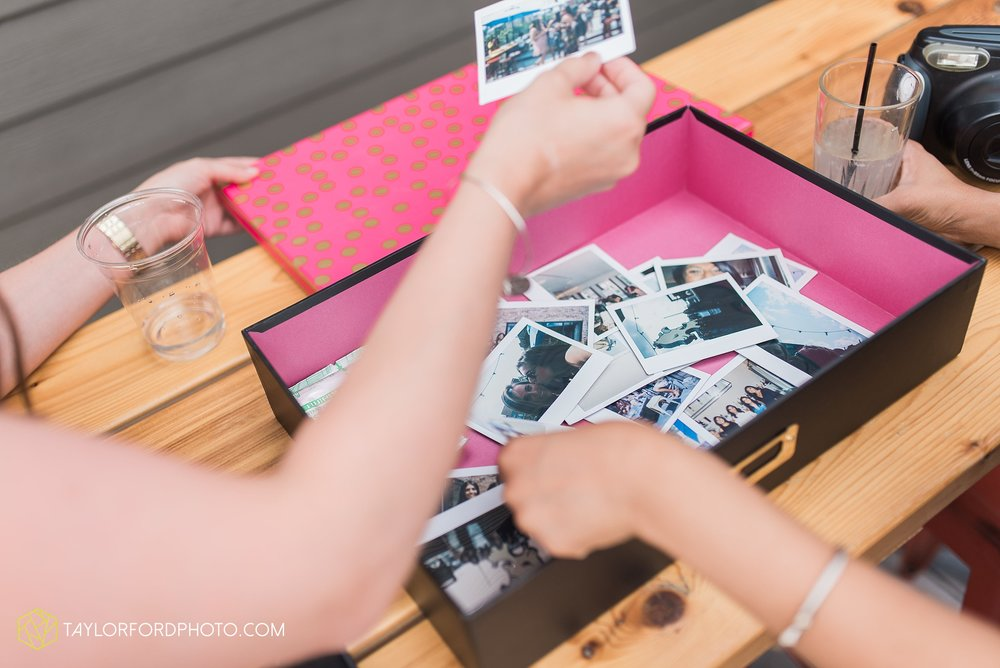 chicago-illinois-bridal-shower-wedding-engagement-photographer-Taylor-Ford-Photography-the-little-goat-diner-rooftop-indian-ceremony_5115.jpg