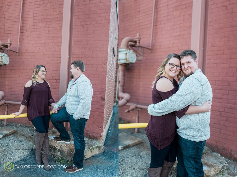 fort-wayne-new-haven-indiana-engagement-photographer-Taylor-Ford-Photography_5235.jpg