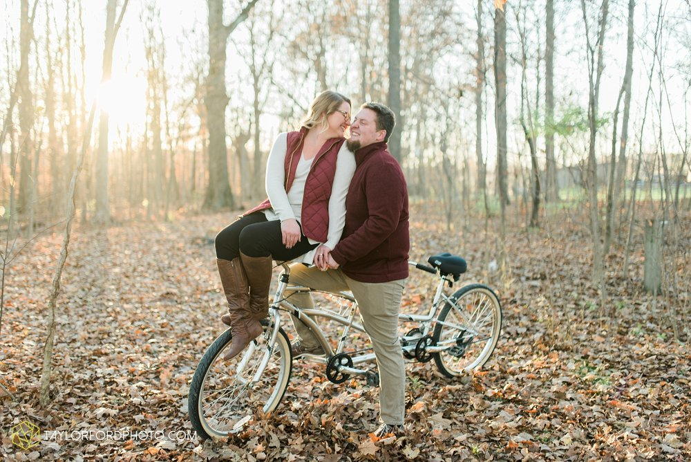 fort-wayne-new-haven-indiana-engagement-photographer-Taylor-Ford-Photography_5250.jpg