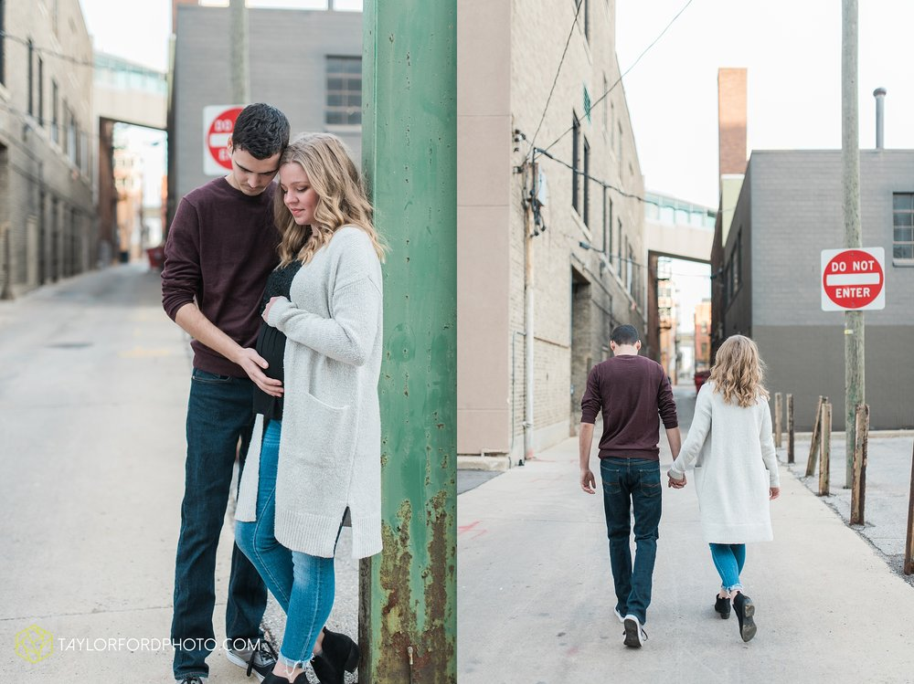 fort-wayne-indiana-maternity-photographer-Taylor-Ford-Photography-foster-park-downtown_5275.jpg