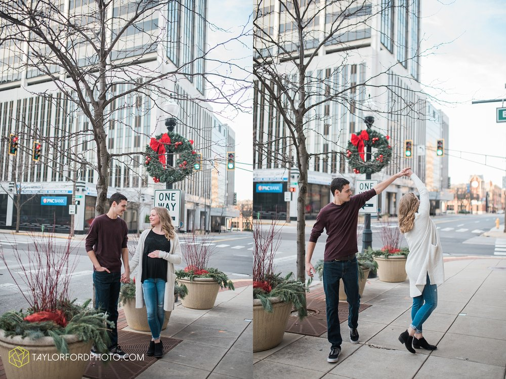 fort-wayne-indiana-maternity-photographer-Taylor-Ford-Photography-foster-park-downtown_5281.jpg