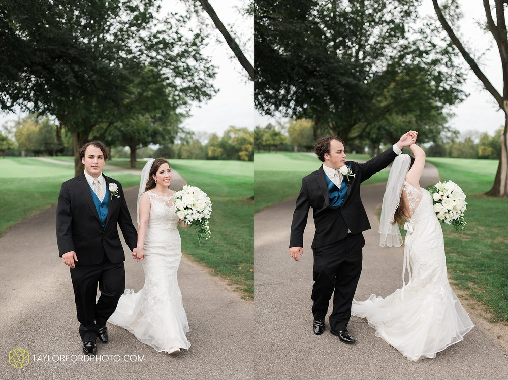 fort-wayne-indiana-wedding-photographer-Taylor-Ford-Photography-fort-wayne-country-club-saint-vincents-catholic-church_5416.jpg