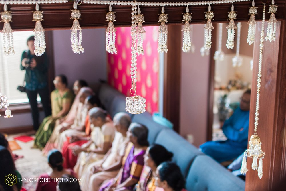 chicago-illinois-indian-wedding-photographer-Taylor-Ford-Photography_5585.jpg