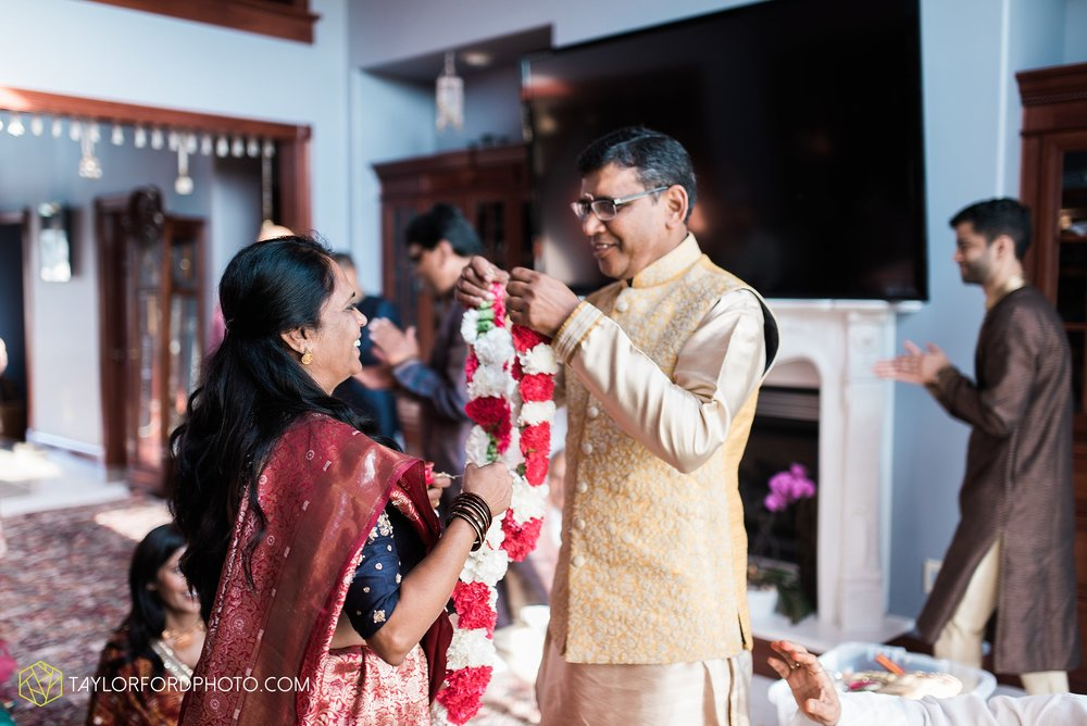 chicago-illinois-indian-wedding-photographer-Taylor-Ford-Photography_5589.jpg