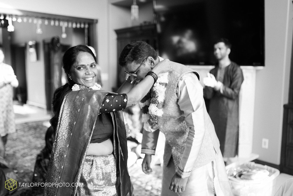 chicago-illinois-indian-wedding-photographer-Taylor-Ford-Photography_5591.jpg
