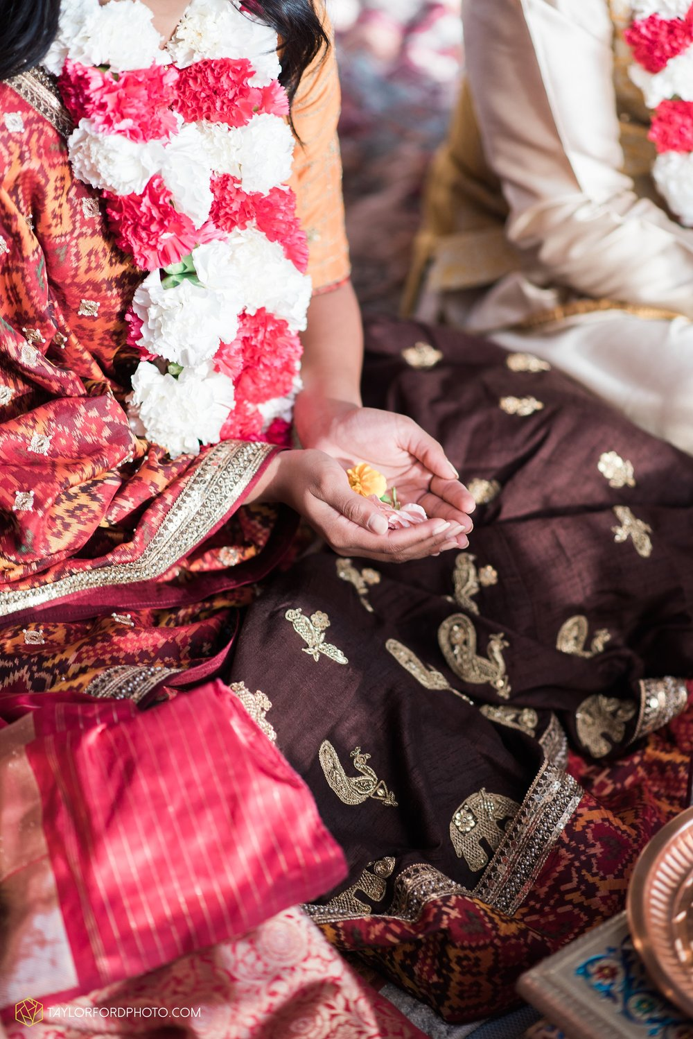 chicago-illinois-indian-wedding-photographer-Taylor-Ford-Photography_5592.jpg