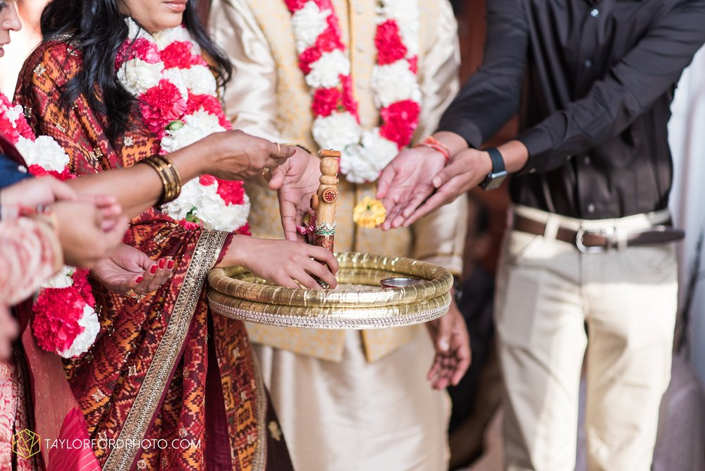 chicago-illinois-indian-wedding-photographer-Taylor-Ford-Photography_5598.jpg