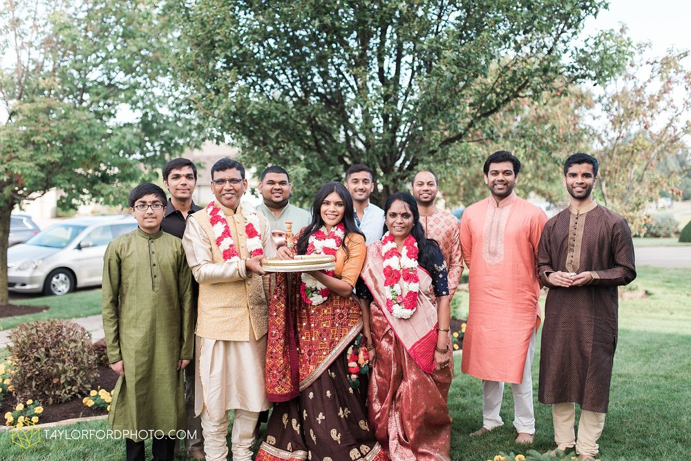 chicago-illinois-indian-wedding-photographer-Taylor-Ford-Photography_5601.jpg