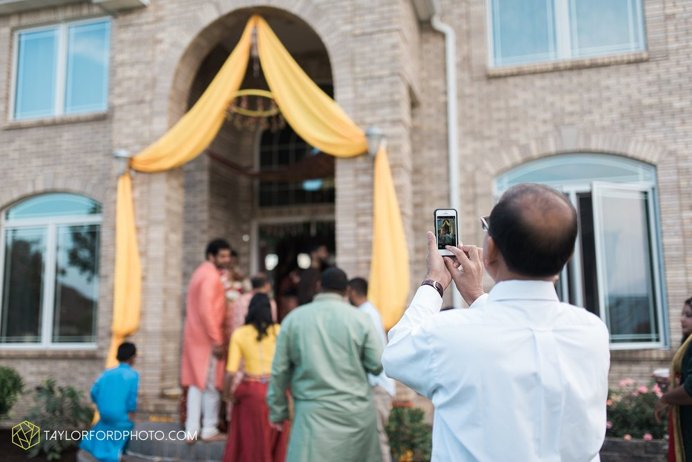 chicago-illinois-indian-wedding-photographer-Taylor-Ford-Photography_5605.jpg