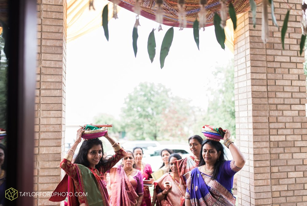 chicago-illinois-indian-wedding-photographer-Taylor-Ford-Photography_5630.jpg