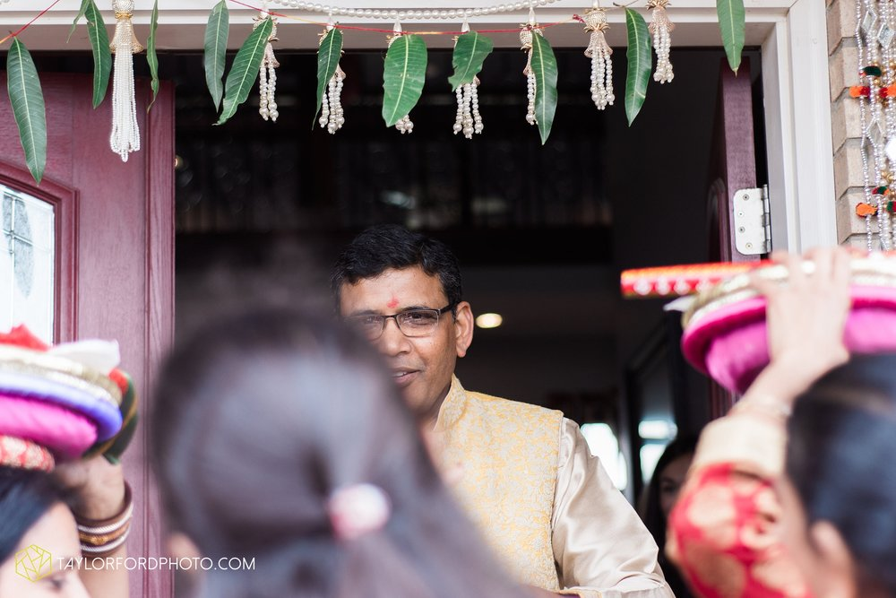 chicago-illinois-indian-wedding-photographer-Taylor-Ford-Photography_5631.jpg