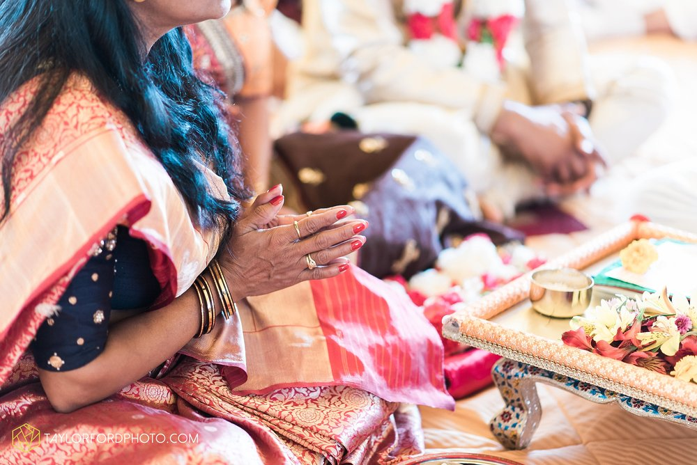 chicago-illinois-indian-wedding-photographer-Taylor-Ford-Photography_5635.jpg