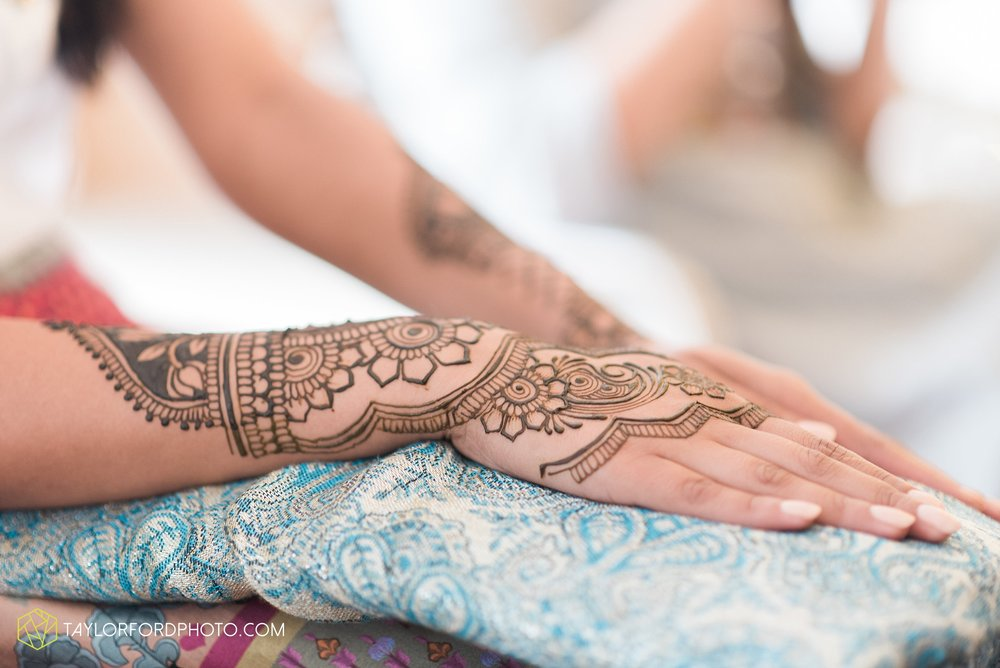 chicago-illinois-indian-wedding-photographer-Taylor-Ford-Photography_5659.jpg