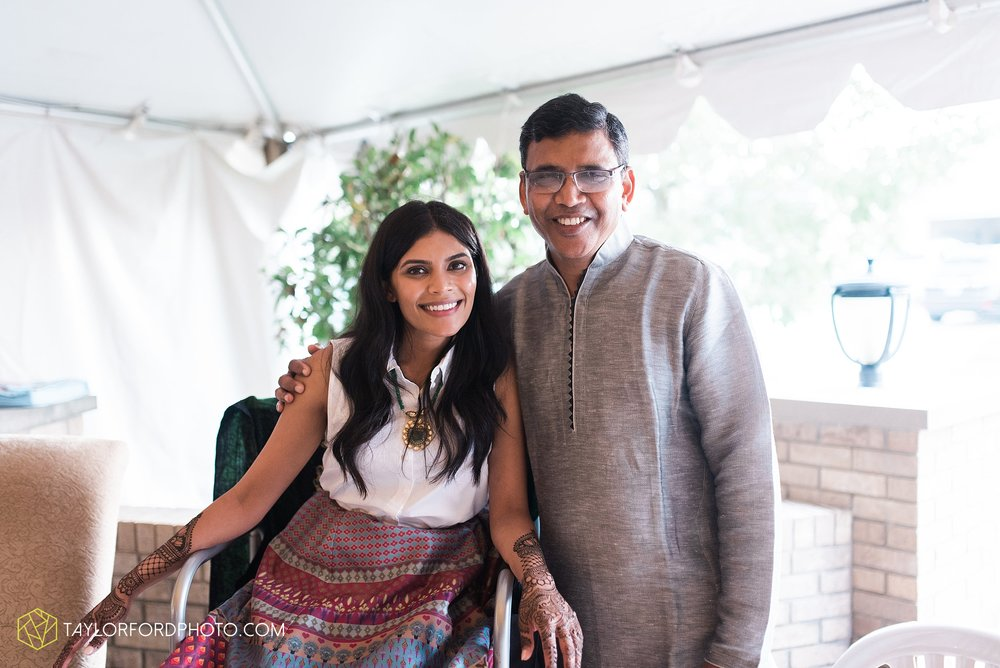 chicago-illinois-indian-wedding-photographer-Taylor-Ford-Photography_5679.jpg