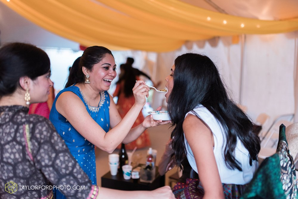 chicago-illinois-indian-wedding-photographer-Taylor-Ford-Photography_5686.jpg