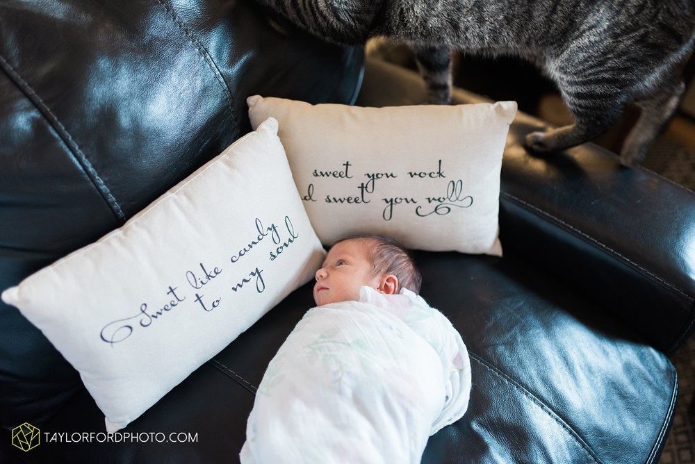 fort-wayne-indiana-newborn-family-photographer-Taylor-Ford-Photography_5525.jpg