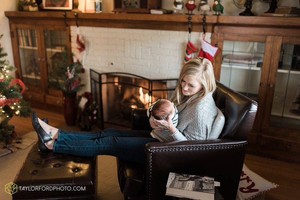 fort-wayne-indiana-newborn-family-photographer-Taylor-Ford-Photography_5531.jpg