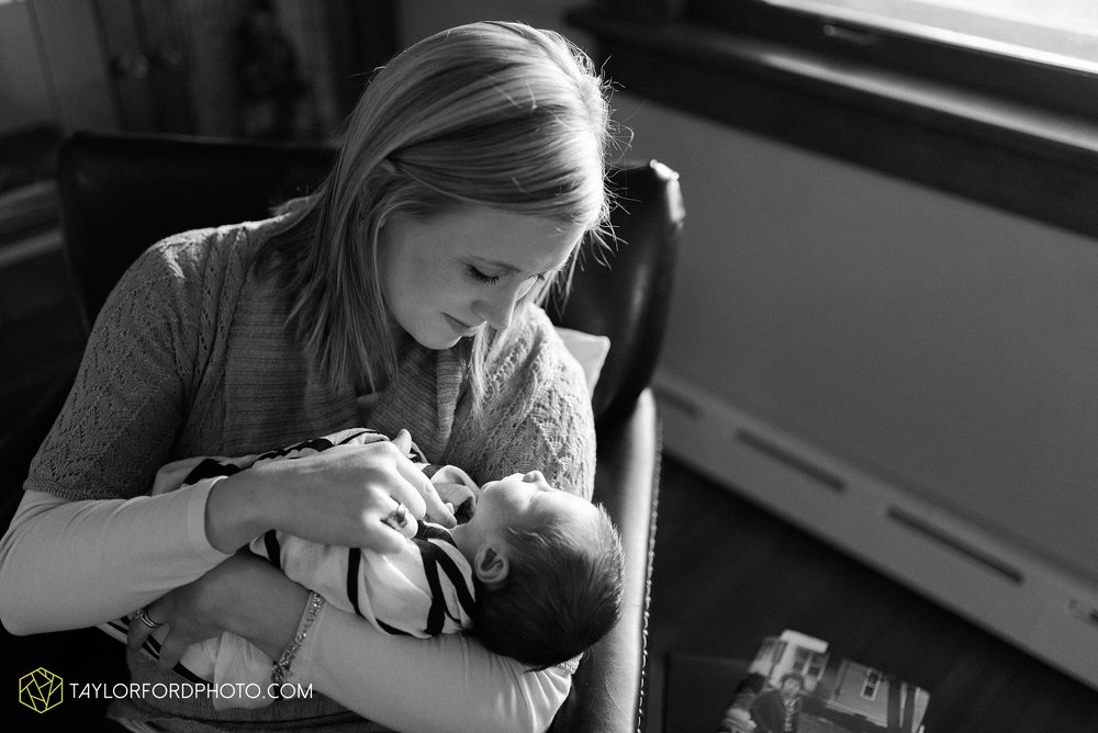 fort-wayne-indiana-newborn-family-photographer-Taylor-Ford-Photography_5533.jpg