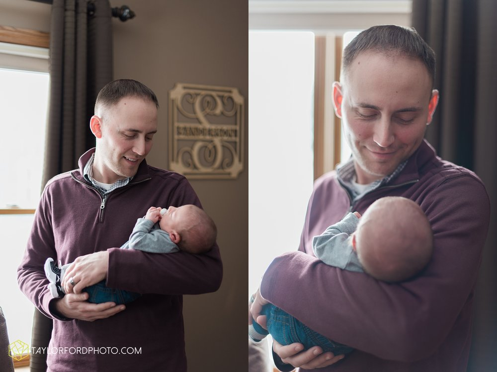 van-wert-ohio-at-home-lifestyle-newborn-photographer-Taylor-Ford-Photography_5737.jpg