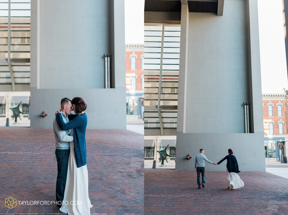 fort-wayne-indiana-elopement-wedding-hoppy-gnome-gnometown-brewing-photographer-Taylor-Ford-Photography_5814.jpg