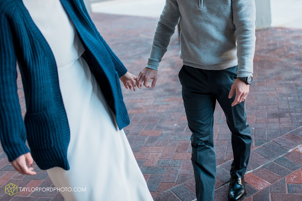 fort-wayne-indiana-elopement-wedding-hoppy-gnome-gnometown-brewing-photographer-Taylor-Ford-Photography_5816.jpg