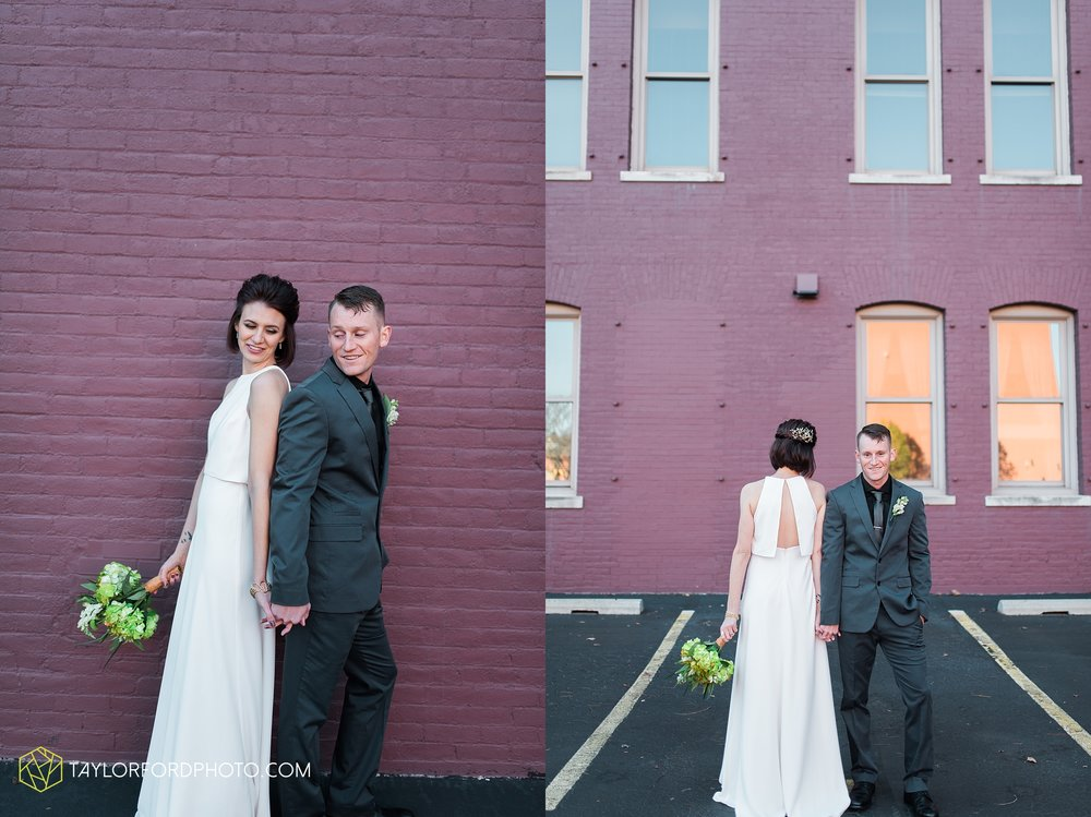 fort-wayne-indiana-elopement-wedding-hoppy-gnome-gnometown-brewing-photographer-Taylor-Ford-Photography_5822.jpg
