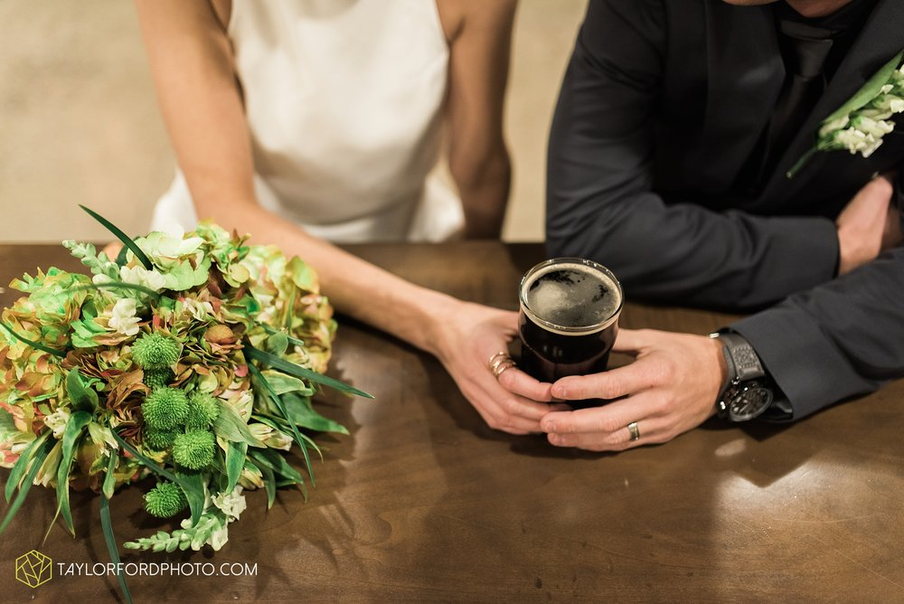 fort-wayne-indiana-elopement-wedding-hoppy-gnome-gnometown-brewing-photographer-Taylor-Ford-Photography_5836.jpg