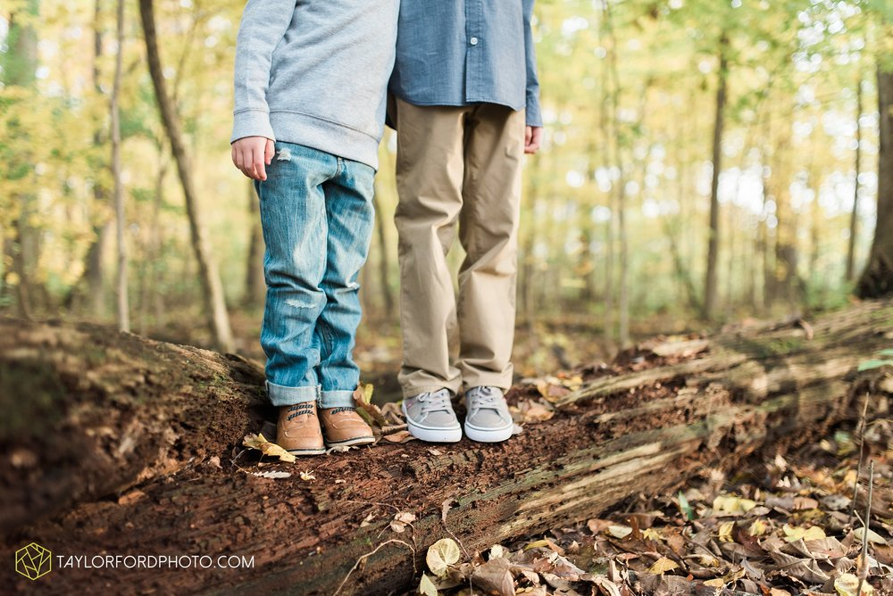 van-wert-ohio-family-photographer-heistand-woods-fall-Taylor-Ford-Photography_6270.jpg