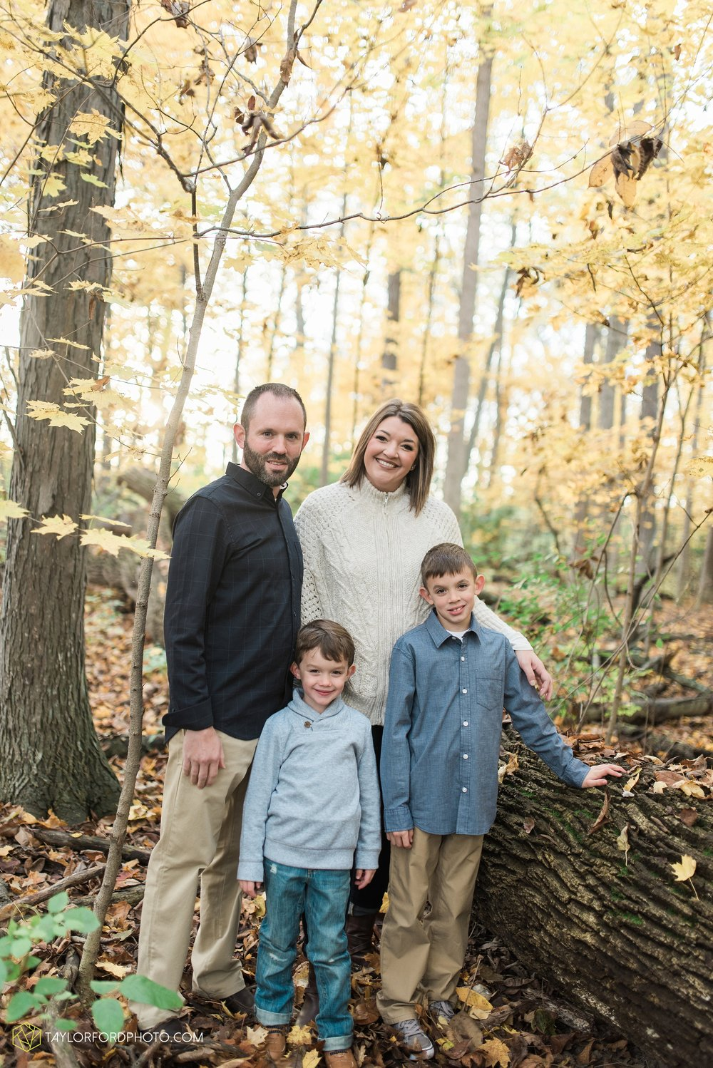 van-wert-ohio-family-photographer-heistand-woods-fall-Taylor-Ford-Photography_6281.jpg