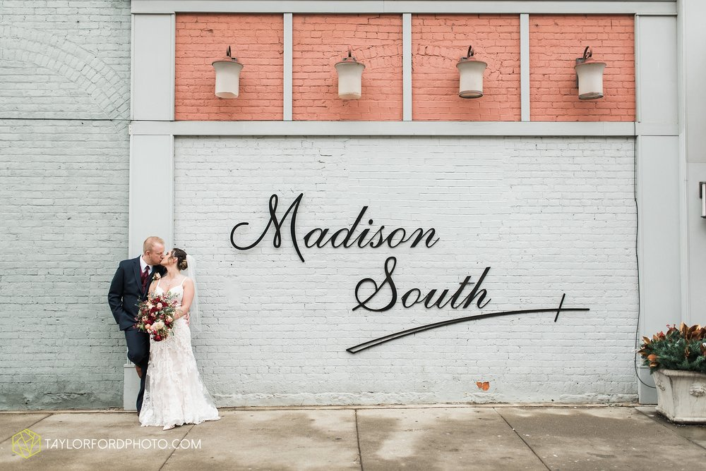 cincinnati-ohio-covington-kentucky-wedding-photographer-the-madison-event-center-the-covington-hotel-pramuk-Taylor-Ford-Photography_6377.jpg