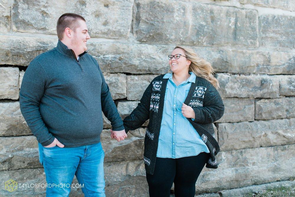 dayton-ohio-engagement-photographer-oregon-district-riverfront-metro-Taylor-Ford-Photography_6464.jpg