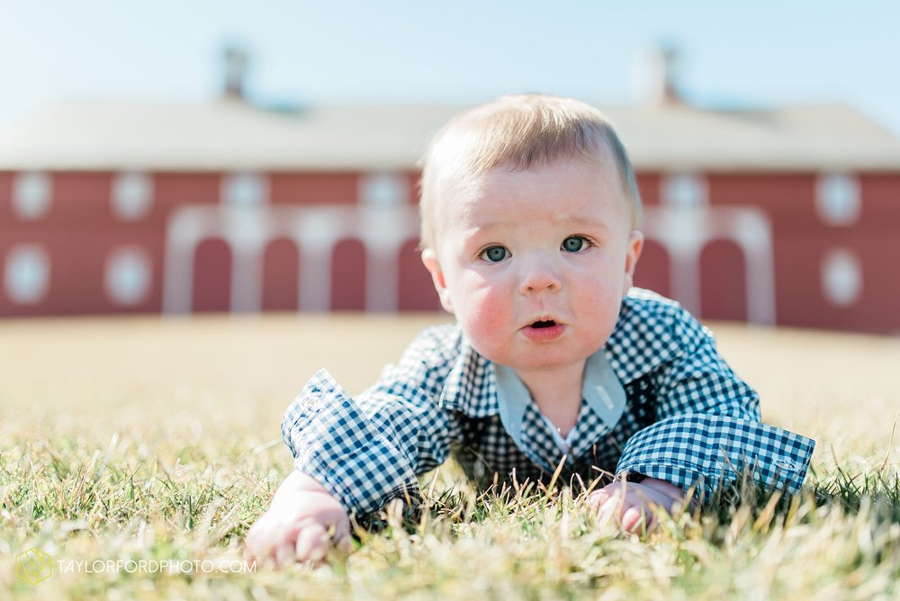 fort-wayne-indiana-child-photographer-6-months-solomon-farm-park-Taylor-Ford-Photography_6494.jpg