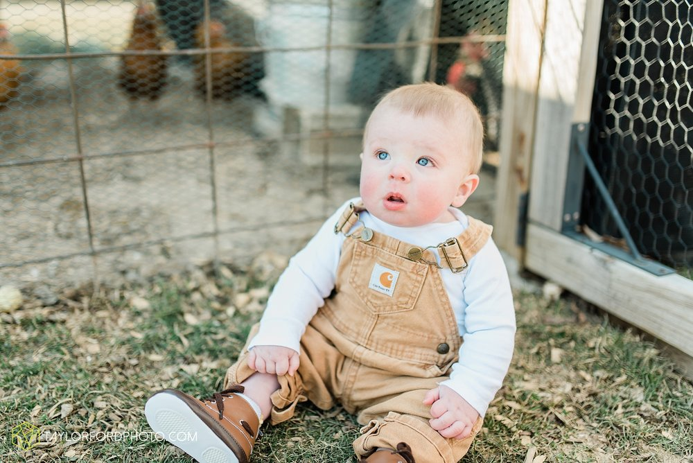 fort-wayne-indiana-child-photographer-6-months-solomon-farm-park-Taylor-Ford-Photography_6502.jpg