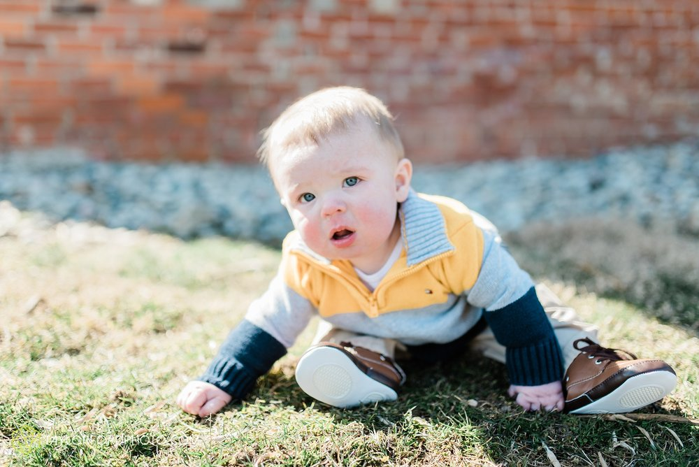 fort-wayne-indiana-child-photographer-6-months-solomon-farm-park-Taylor-Ford-Photography_6504.jpg
