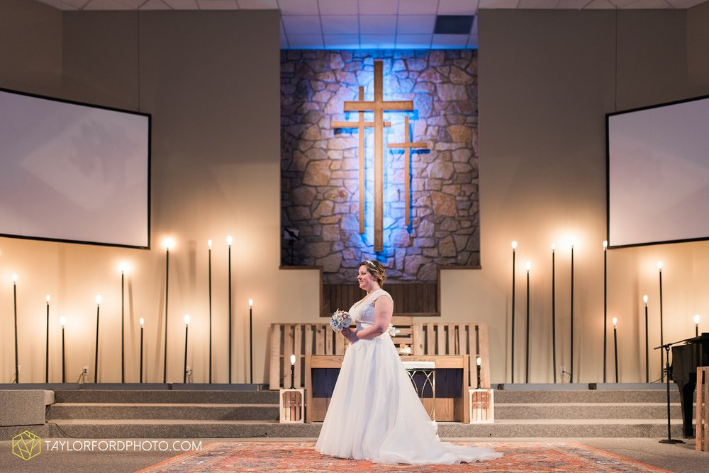 van-wert-ohio-wedding-photographer-calvary-evangelical-church-mirage-banquet-hall-decatur-indiana-Taylor-Ford-Photography_6530.jpg