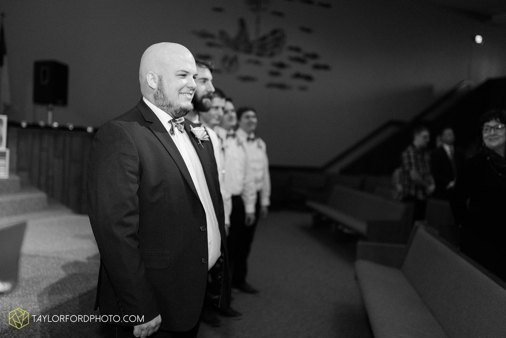 van-wert-ohio-wedding-photographer-calvary-evangelical-church-mirage-banquet-hall-decatur-indiana-Taylor-Ford-Photography_6546.jpg