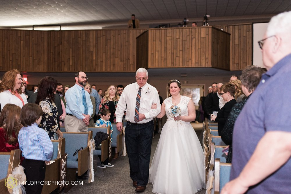 van-wert-ohio-wedding-photographer-calvary-evangelical-church-mirage-banquet-hall-decatur-indiana-Taylor-Ford-Photography_6547.jpg