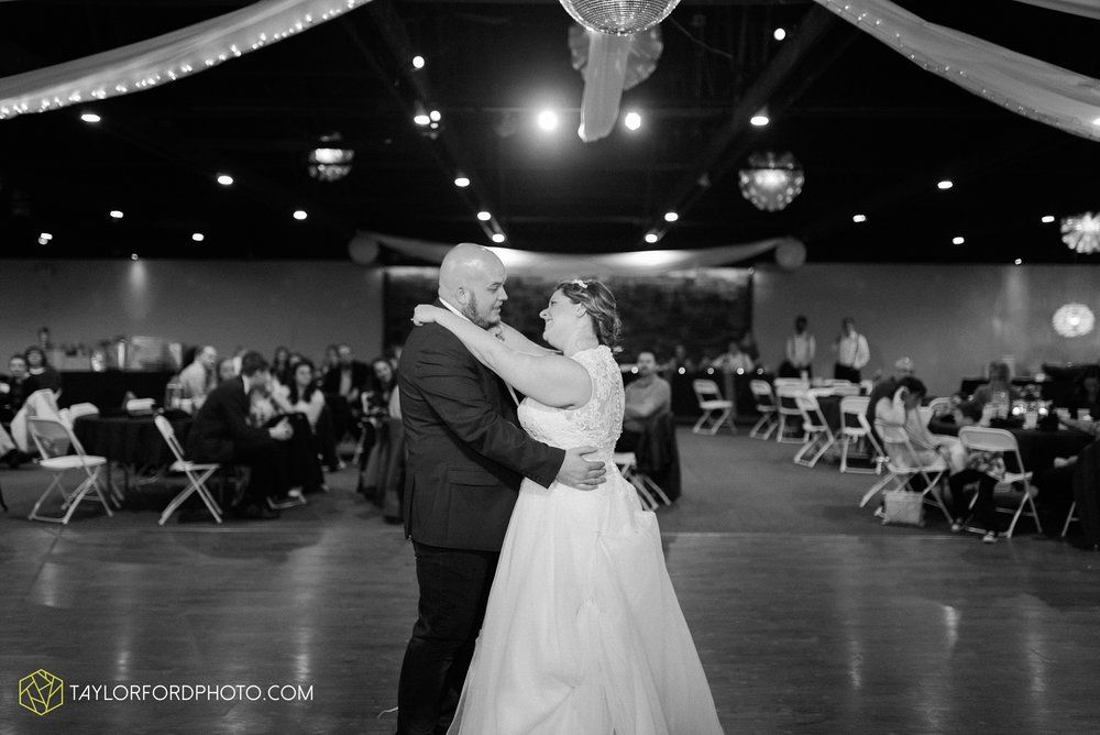 van-wert-ohio-wedding-photographer-calvary-evangelical-church-mirage-banquet-hall-decatur-indiana-Taylor-Ford-Photography_6590.jpg