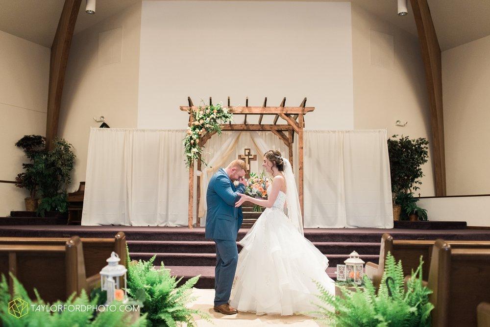 kingsley-united-methodist-church-van-wert-ohio-wedding-photographer-Taylor-Ford-Photography_6780.jpg