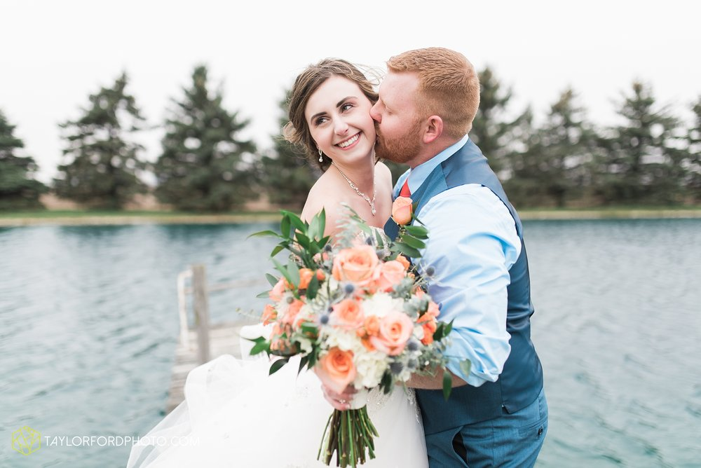 kingsley-united-methodist-church-van-wert-ohio-wedding-photographer-Taylor-Ford-Photography_6786.jpg