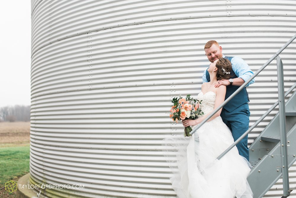 kingsley-united-methodist-church-van-wert-ohio-wedding-photographer-Taylor-Ford-Photography_6792.jpg