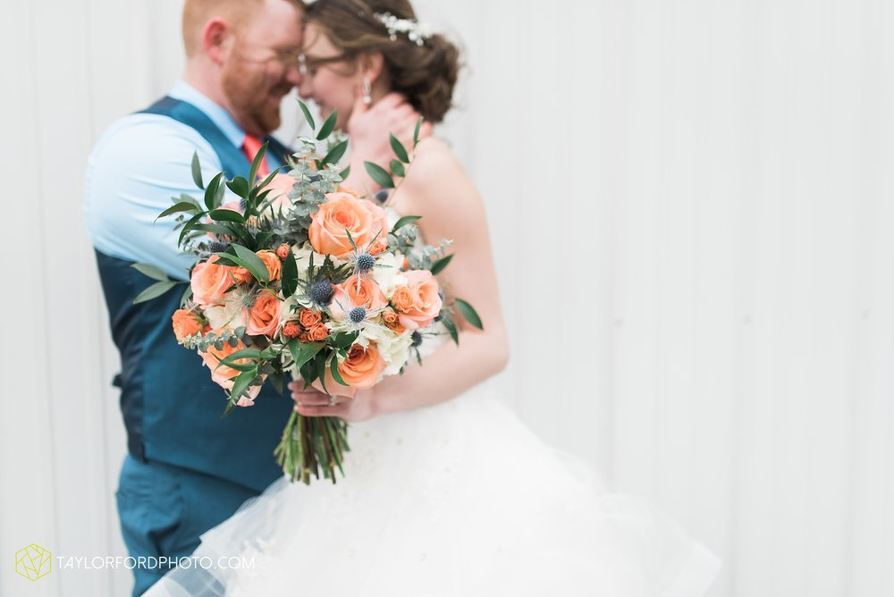 kingsley-united-methodist-church-van-wert-ohio-wedding-photographer-Taylor-Ford-Photography_6804.jpg
