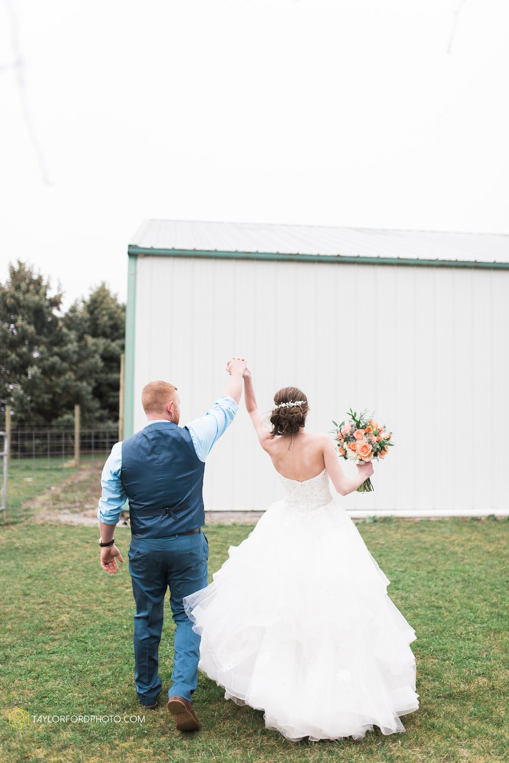 kingsley-united-methodist-church-van-wert-ohio-wedding-photographer-Taylor-Ford-Photography_6806.jpg