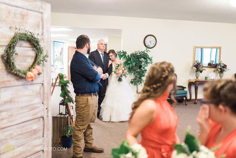 kingsley-united-methodist-church-van-wert-ohio-wedding-photographer-Taylor-Ford-Photography_6815.jpg