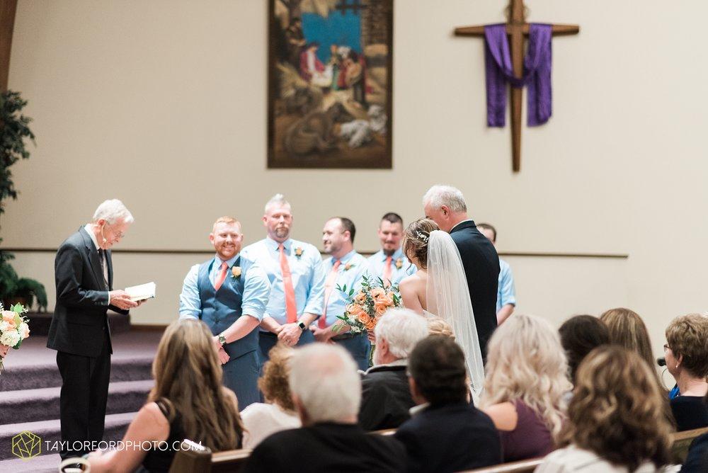 kingsley-united-methodist-church-van-wert-ohio-wedding-photographer-Taylor-Ford-Photography_6823.jpg