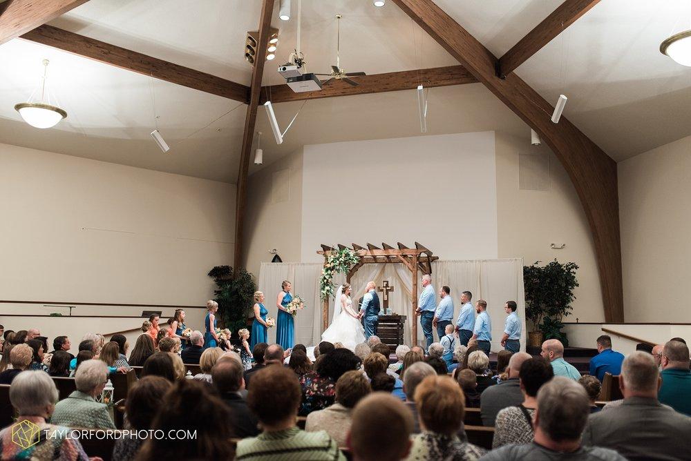 kingsley-united-methodist-church-van-wert-ohio-wedding-photographer-Taylor-Ford-Photography_6825.jpg