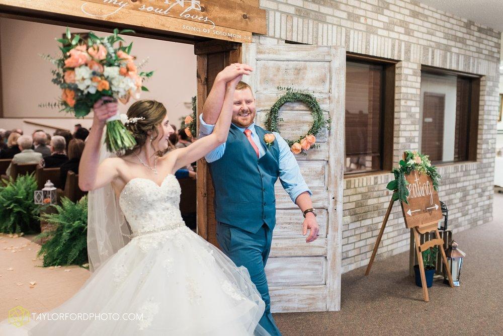 kingsley-united-methodist-church-van-wert-ohio-wedding-photographer-Taylor-Ford-Photography_6829.jpg