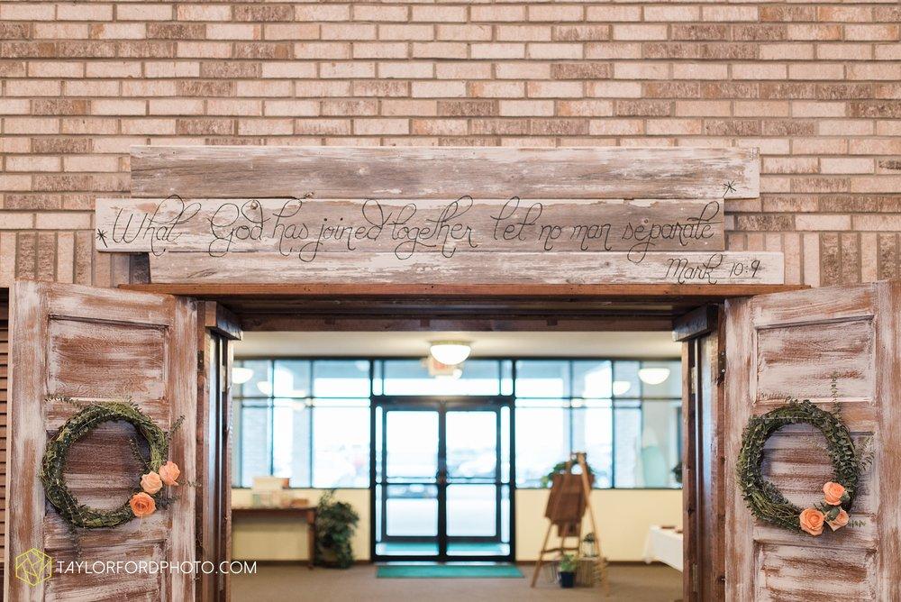 kingsley-united-methodist-church-van-wert-ohio-wedding-photographer-Taylor-Ford-Photography_6836.jpg