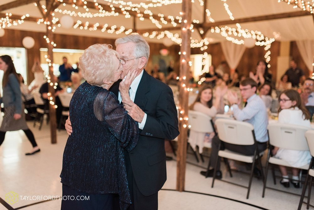 kingsley-united-methodist-church-van-wert-ohio-wedding-photographer-Taylor-Ford-Photography_6856.jpg