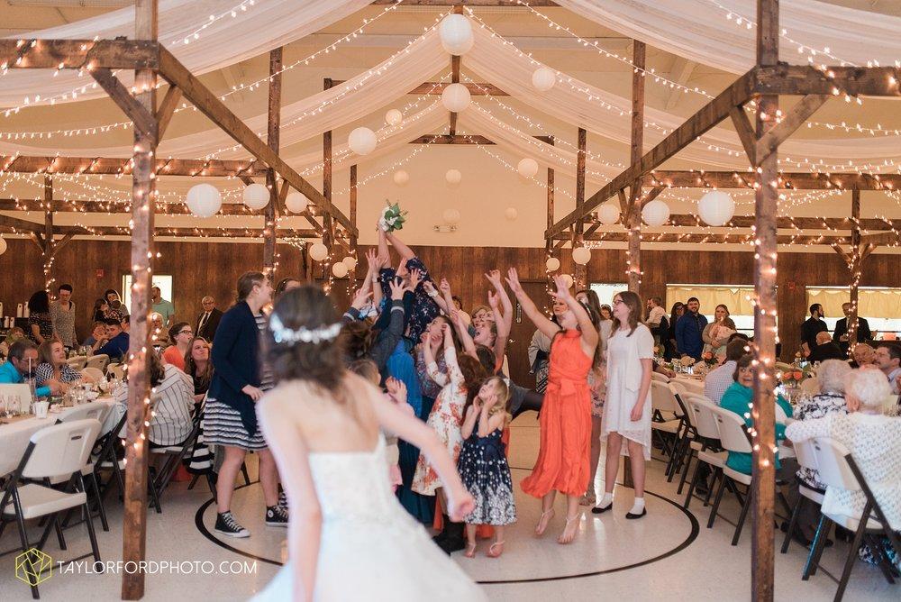 kingsley-united-methodist-church-van-wert-ohio-wedding-photographer-Taylor-Ford-Photography_6868.jpg